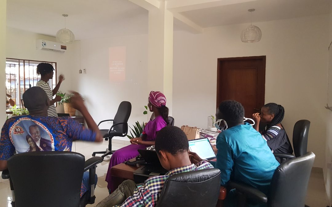Mobile-first Multimedia – Digital Skills Training in Sierra Leone